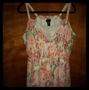 Torrid 5x floral and lace empire waist tank